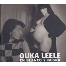 Ouka Leele en blanco y negro