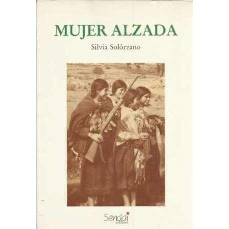 MUJER ALZADA